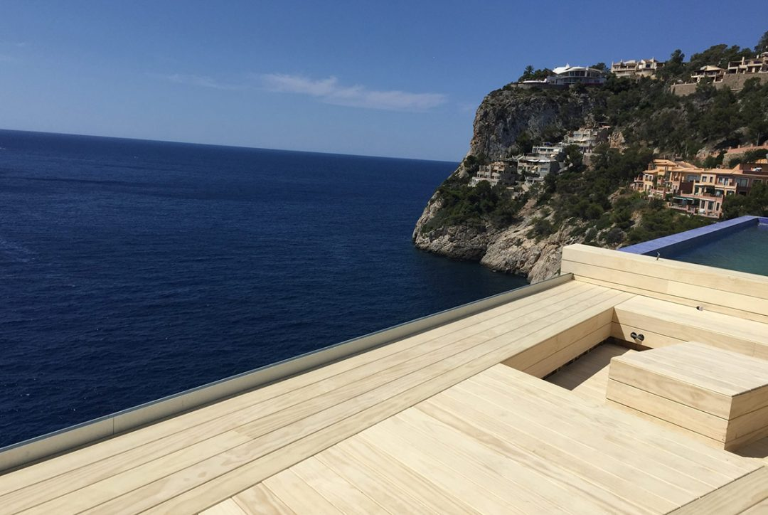 Accoya® decking adds finishing touches to Private Residence in Mallorca