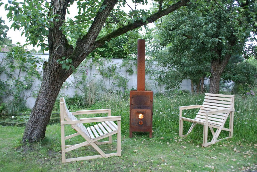 Accoya® selected for the Patioset collection, designed by Bertjan Pot for Weltevree
