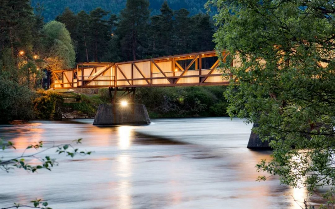 Accoya® vertical cladding chosen for the Tintra footbridge in Norway