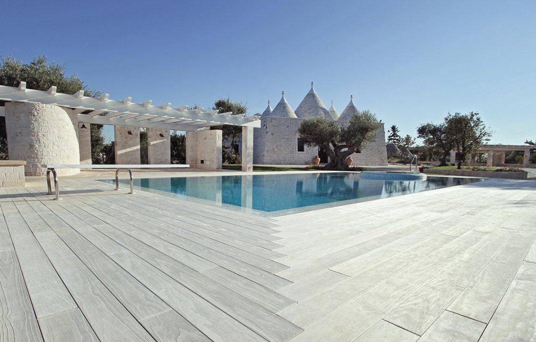 Accoya® wood used for decking for private residence in Southern Italy